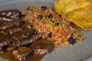 POSTA NEGRA. De Cartagena con arroz con coco y patacón $34.800